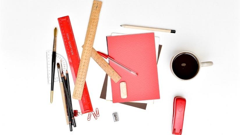 desk-605497_1280-130829-edited.jpg